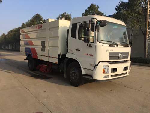 亚博体育网页版牌CSC5161TSLD5型扫路车
