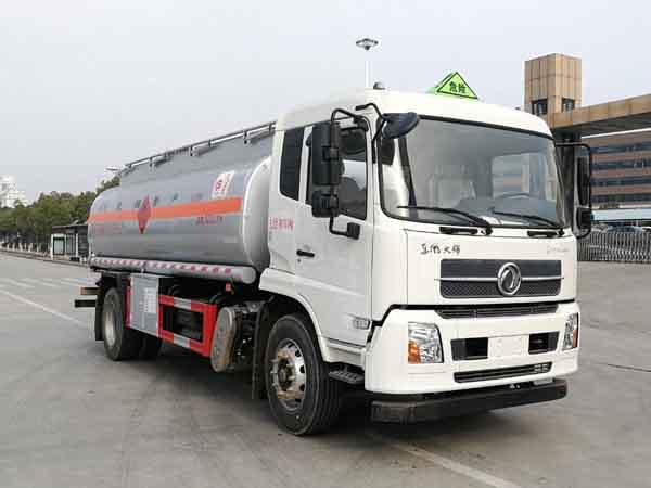 亚博体育网页版牌CSC5180GYYD6A型运油车