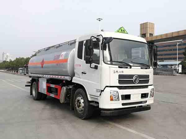 亚博体育网页版牌CSC5180GJYD6A型加油车
