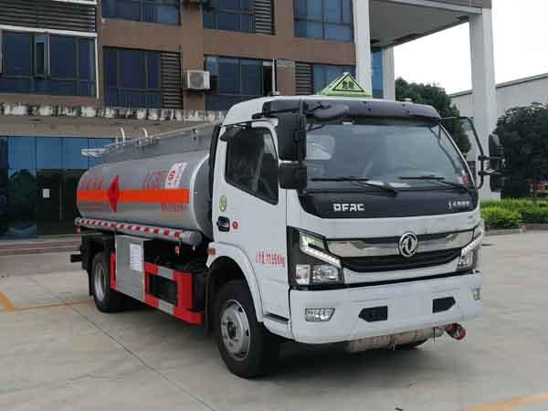 亚博体育网页版牌CSC5125GYY6A型运油车