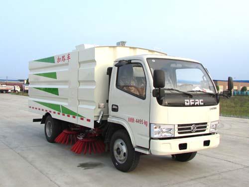亚博体育网页版牌CSC5045TSL6型扫路车