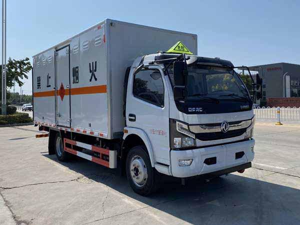 亚博体育网页版牌CSC5125XRQ6型易燃气体厢式运输车