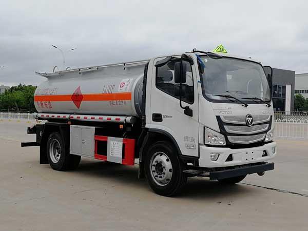 楚胜牌CSC5128GJYB6A型加油车
