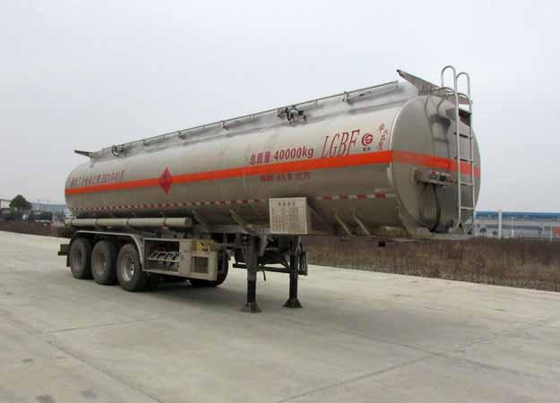 long8手机pt客户端牌CSC9400GRYL型铝合金易燃液体罐式运输半挂车
