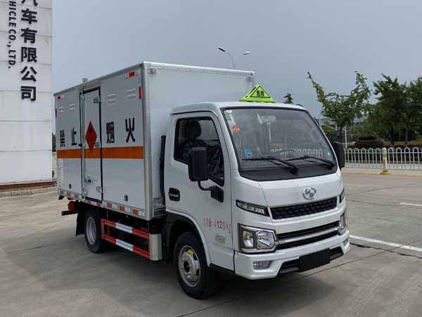 楚胜牌CSC5043XRYSH6型易燃液体厢式运输车