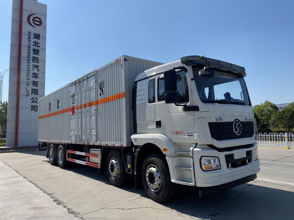 楚胜牌CSC5329XRYS6型易燃液体厢式运输车
